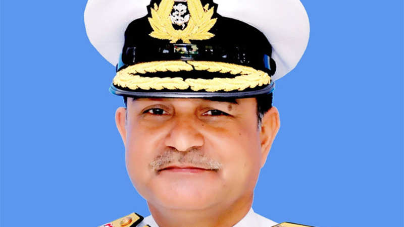 Vice-Admiral HCS Bisht assumes Eastern Naval Command - The