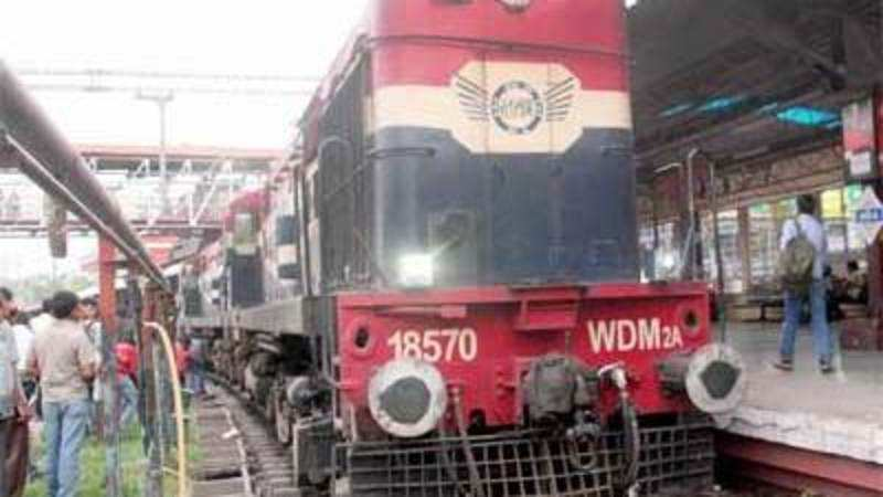 Online booking started for retiring rooms at over 60 railway