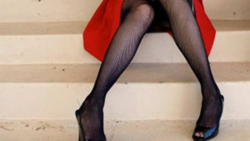 A short guide to wearing stockings which are back in fashion ...