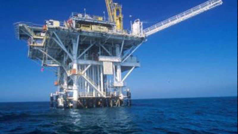 2 Indians among dead as Saudi oil rig sinks in Persian Gulf - The