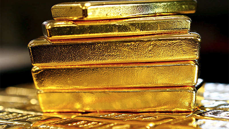 Gold prices rise Rs 200 on jewellers buying