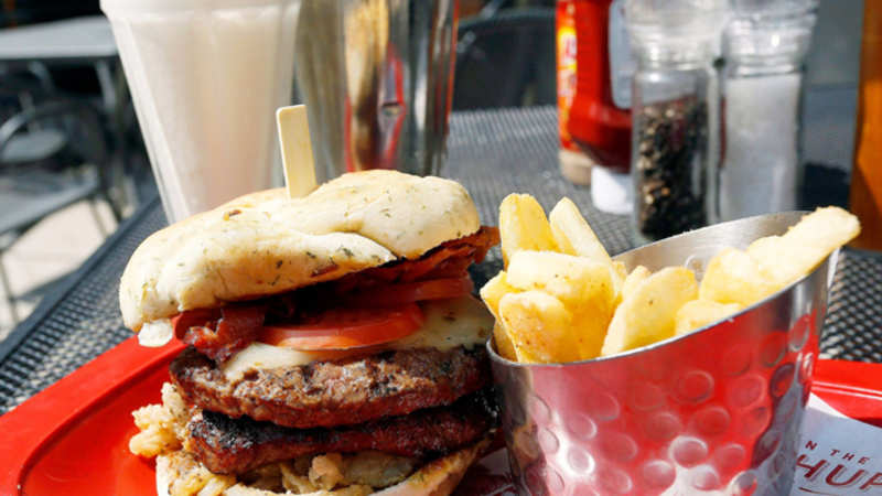 Junk food may kill your appetite for balanced diet - The Economic Times