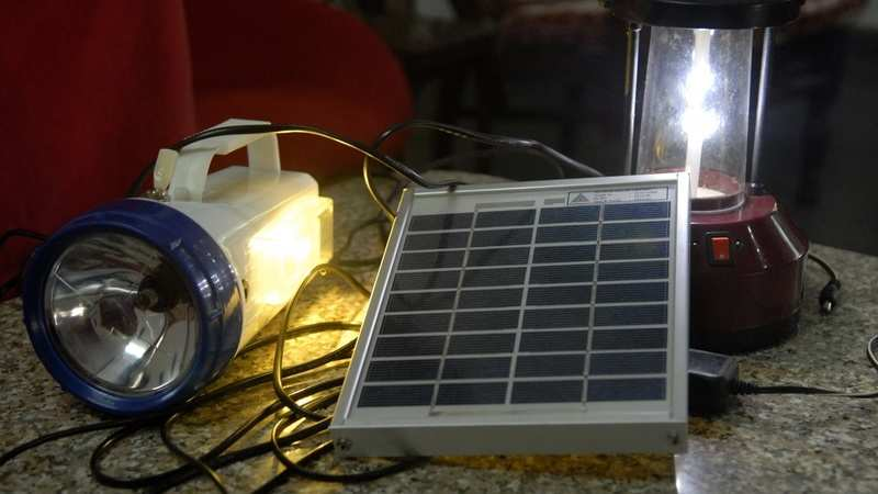 Solar lighting kit: Extremely useful as emergency lights or portable