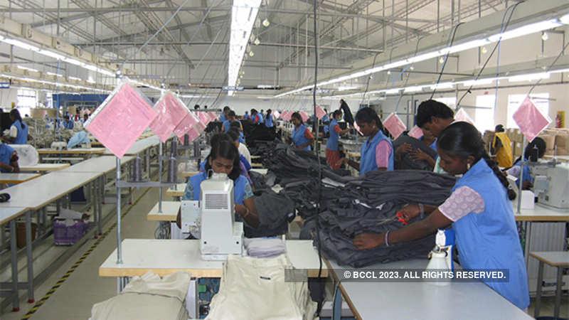 Textile exporters to tap UAE market - The Economic Times