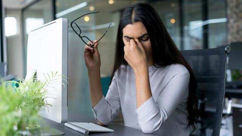 12256ebc1f48 Office AC can make eyes dry, itchy and red: Here's what you need to do. The  dryness in ...