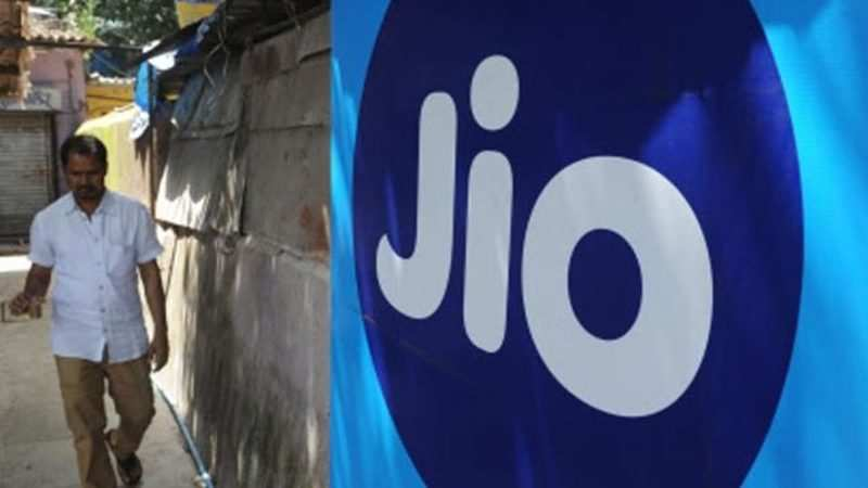 Reliance Jio cashback offer: Jio offers Rs 3,300 cashback on