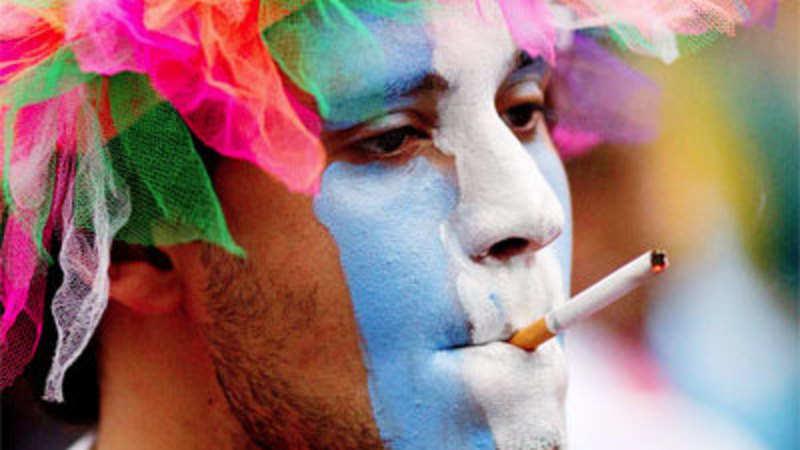 Poke Me: The Smoking Lounge - The Economic Times
