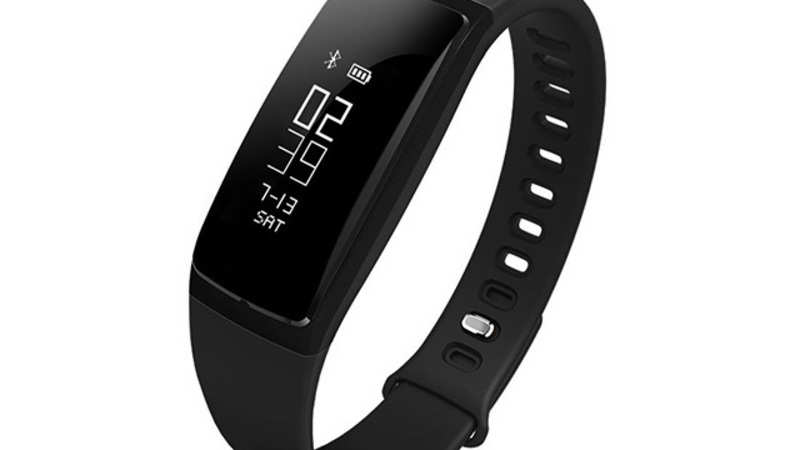 Riversong Wave BP Fitness Tracker review: The first band with a