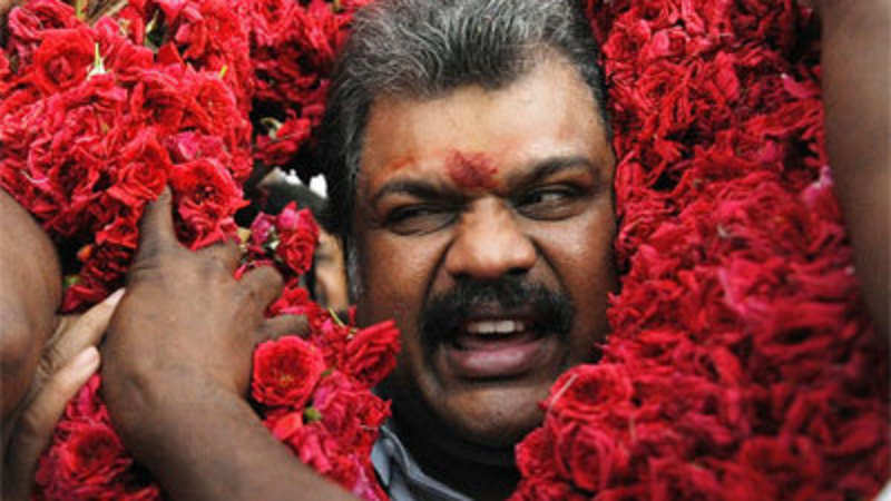 G K Vasan camp moves EC for registration of new outfit Tamil Maanila