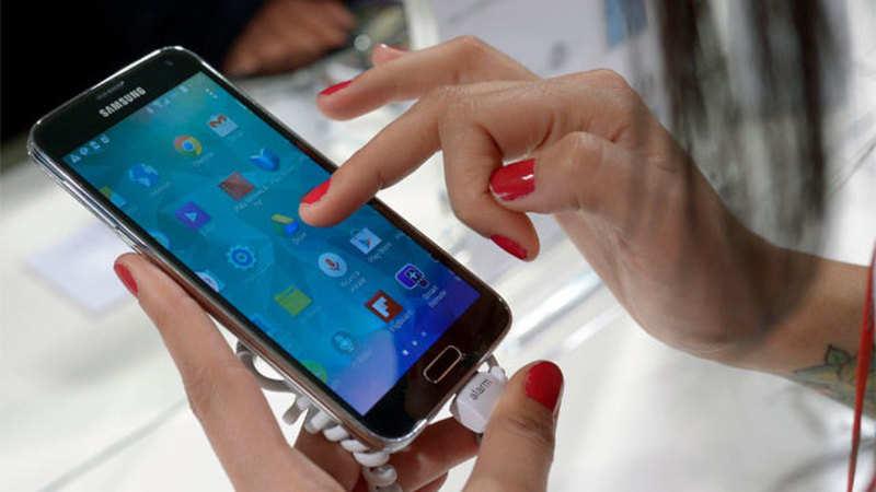 Smartphone: Huawei aims to capture premium phone market