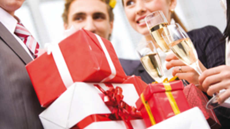 How corporate gift companies in Gurgaon promoting their business and