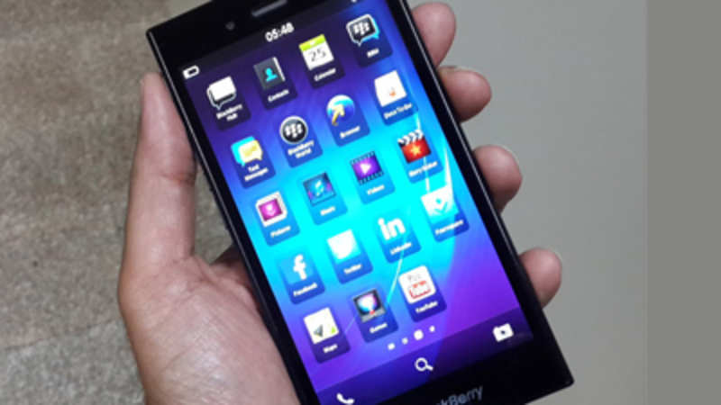 check out bf6db 105f5 BlackBerry Z3 smartphone launched at Rs 15,990: First Impressions ...