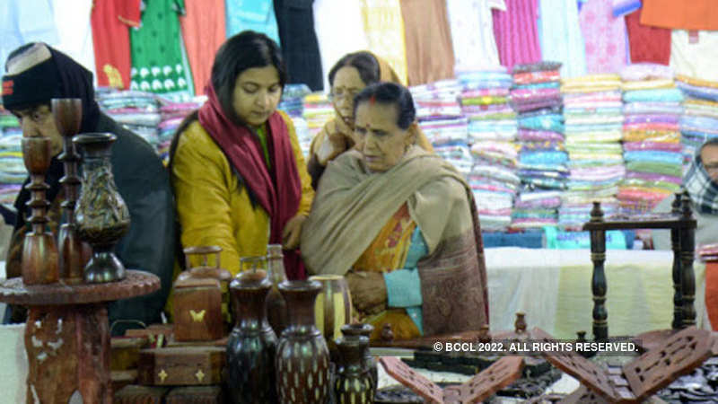 handicraft exports: Handicraft exports likely to dip in 2017