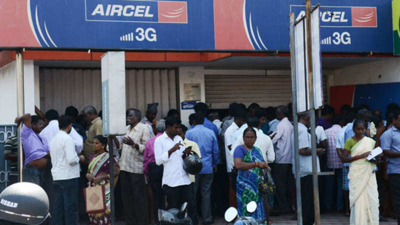 Aircel: Amid failing networks, Aircel signals BSNL for