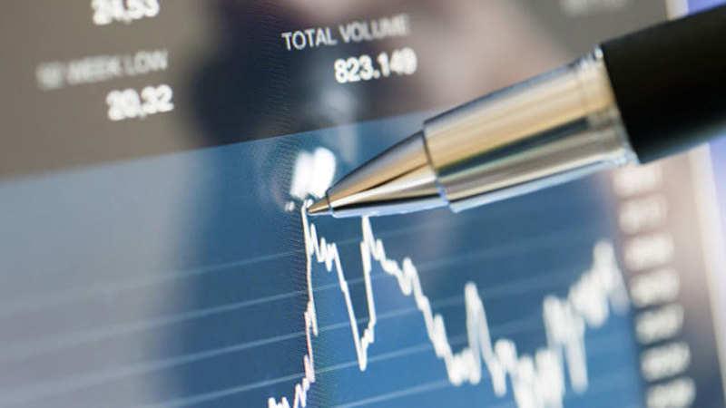 Morgan Stanley: Morgan Stanley takes on Goldman, Buffett