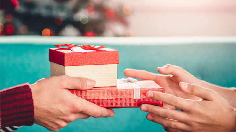Financial Gifts for Parents: Good financial gifts that you