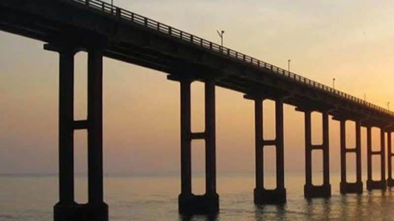 indian railways: Bogibeel, India's longest road-rail bridge