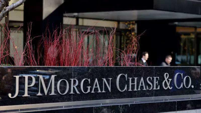 jpmorgan chase co MIDEAST STOCKS Saudi shares extend losses, property stocks drag down Dubai