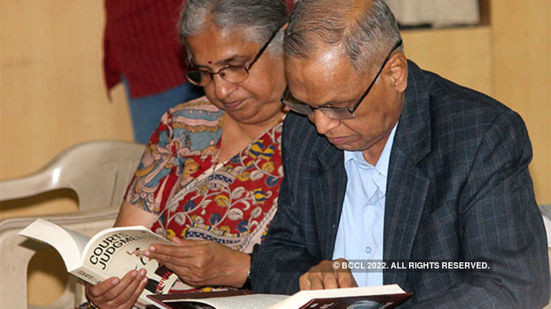 Narayana Murthy writes same message on first page of every