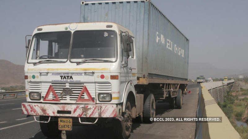 Nitin Gadkari: Government raises load capacity for heavy