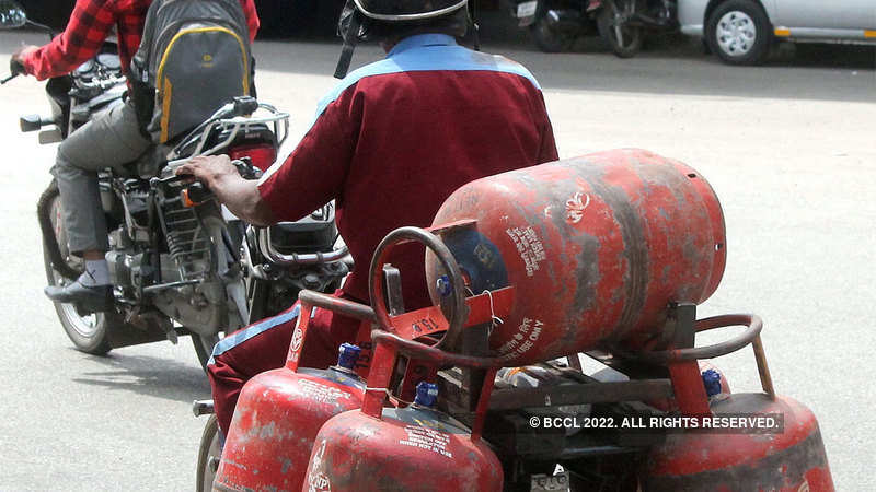 LPG price hiked by over Rs 2 after rise in dealers' commission - The