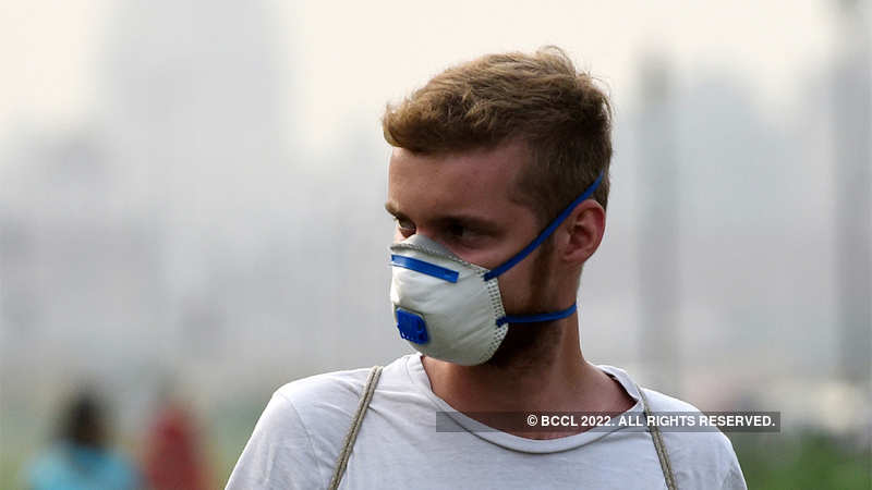 Delhi's severe air pollution is frightening everyone, forcing sick