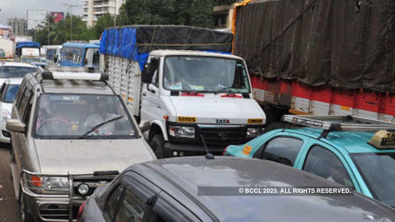 Passenger Vehicle Sales Decline 3 43 Per Cent In November Car Sales