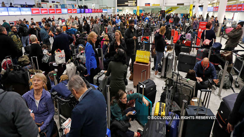 Thousands of air passengers still stuck at UK's Gatwick