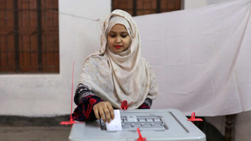Voting ends in Bangladesh election marred by violence - The