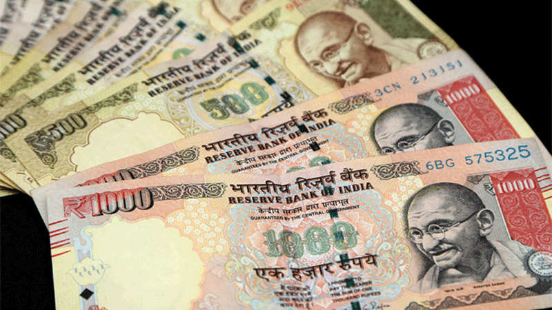 Nepal writes to RBI to declare banned new Indian currency notes