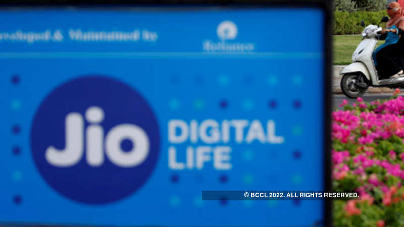Reliance Jio takes first big step into fintech, enters PoS business