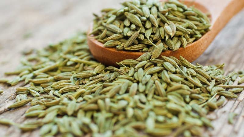 Fennel Seeds: Prevents acne, purifies blood & helps with weight loss