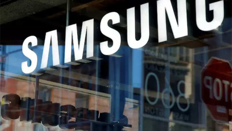 Samsung india: Samsung may go slow on manufacturing in India