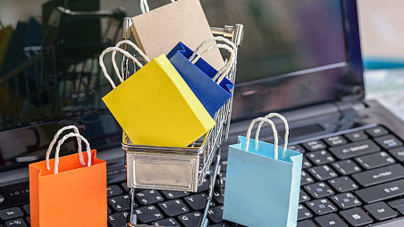Amazon: It's sale as usual: Amazon, Flipkart tell online-only companies