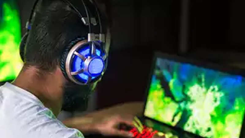 Online Gaming: India's online gaming ind eyes Rs 11,900