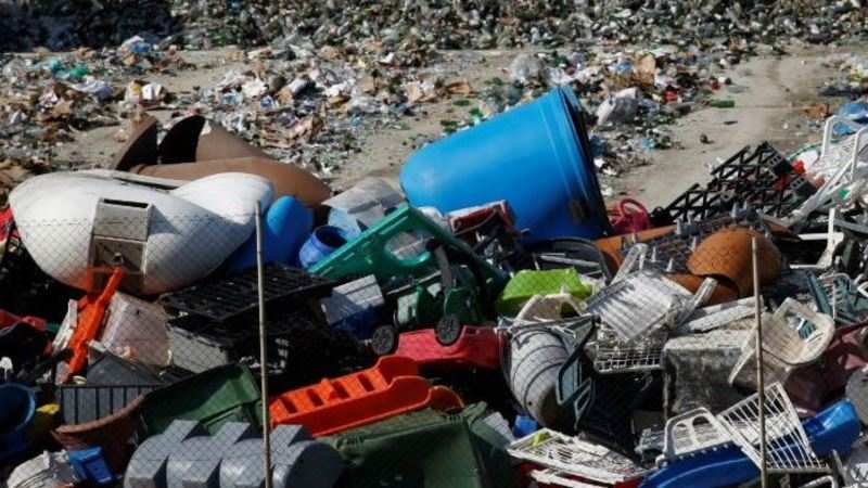 Govt puts complete ban on import of solid plastic waste - The