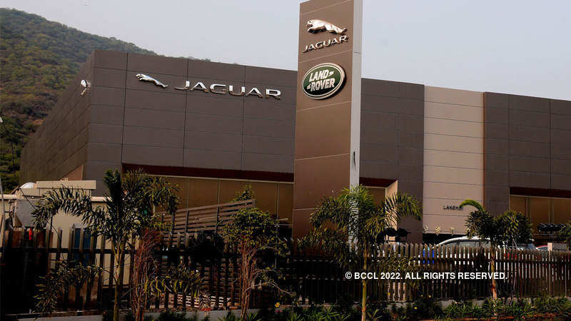 Tata Motors Jlr Recalls 44 000 Cars Over Co2 Emission Levels The