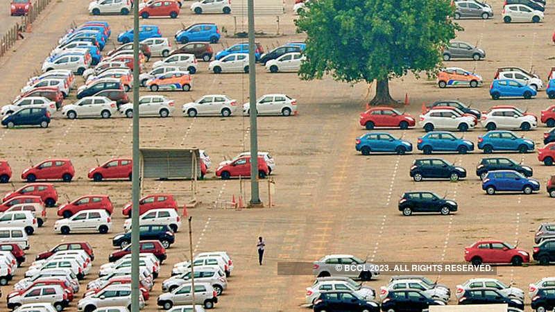 Automobile Industry Sales Vehicle Dealers See Inventory Pileup As