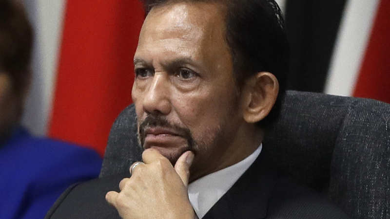 Brunei Sultan returns Oxford honorary degree after backlash ...