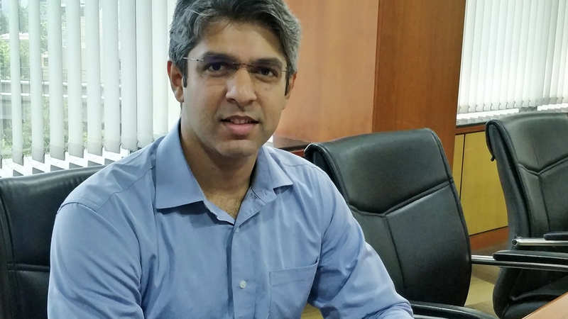 MktYard boss recalls 2003 India-Pak match when Sachin-Sehwag