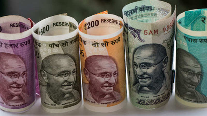 Forex: Rupee snaps 4-day losing run, gains 15 paise - The