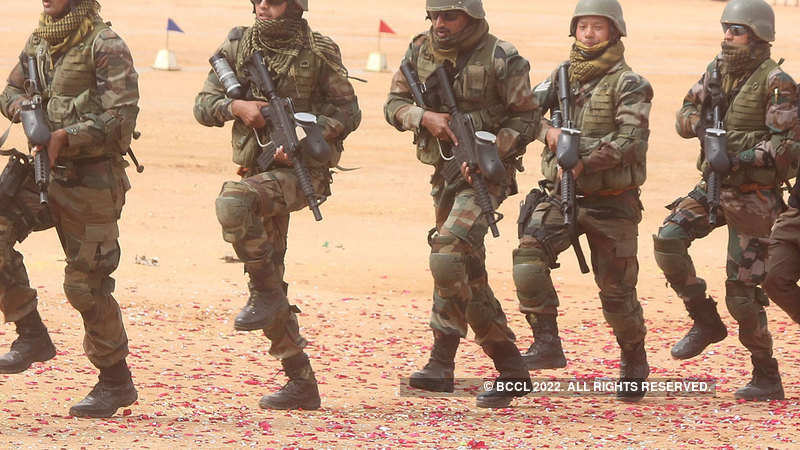 Pakistan Army alleges Indian troops used cluster ammunition along