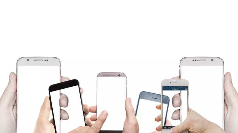 CCI seeks third party data on India's smartphone base - The Economic
