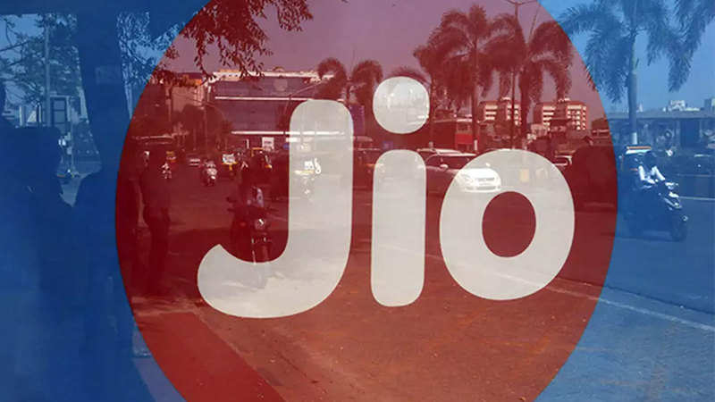 Jio broadband services: Jio may offer initially free