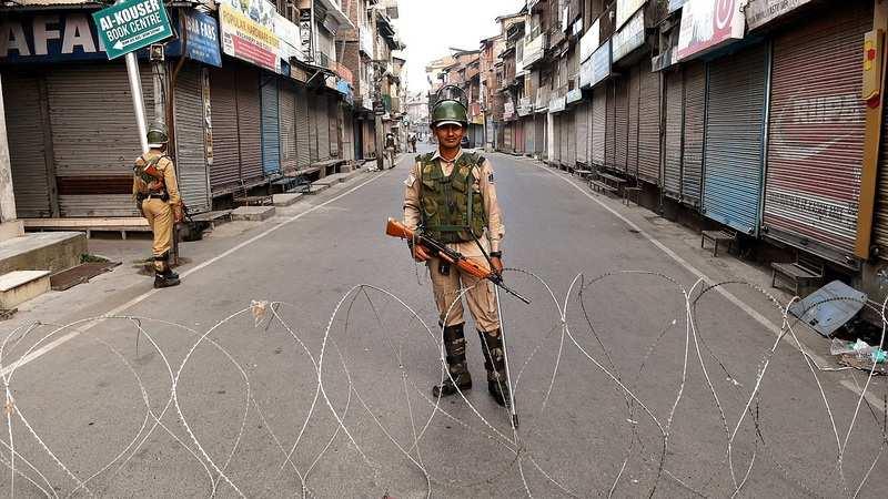 بھارت میں ہائی الرٹ ٗ کشمیر کو 4حصوں میں تقسیم کرنے کا بھارتی منصوبہ
