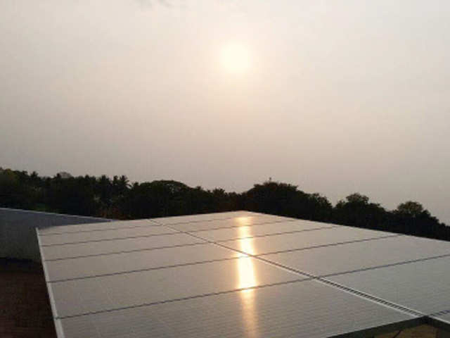 Solar installations in India rise by 34% in Q1 - The Economic Times