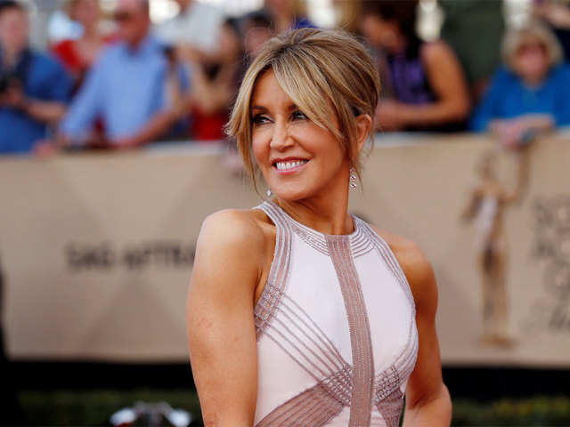 c487f29a16f US college scam: 'Desperate Housewives' star Felicity Huffman posts $250K  bail