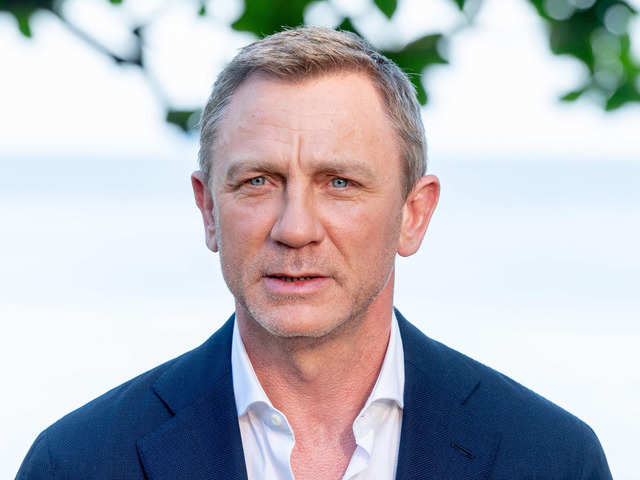 f1a61a5f5d20a Daniel Craig to undergo ankle surgery after he injured himself during  Bond  25  shooting