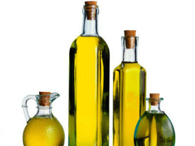 Edible oil prices remain steady at wholesale markets