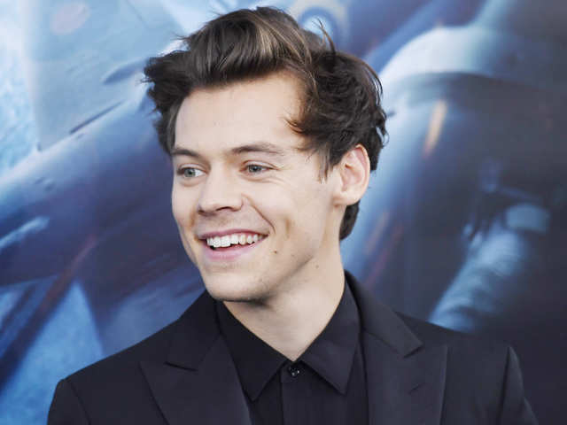 release date 211b8 bd636 Science reveals Harry Styles is one of the most handsome people in the world